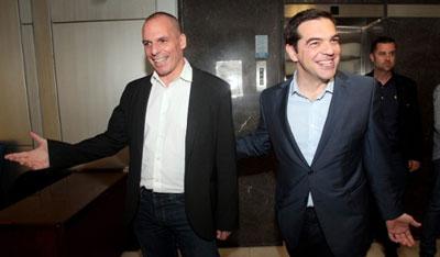 Varoufakis Tsipras sorridenti